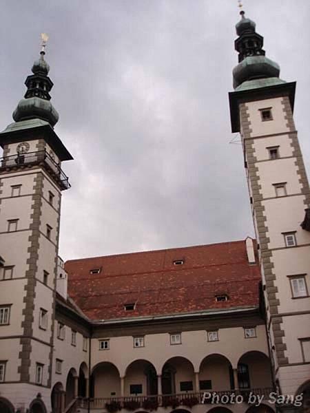 Klagenfurt之州政府大樓