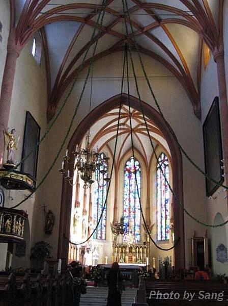 大教堂的內部