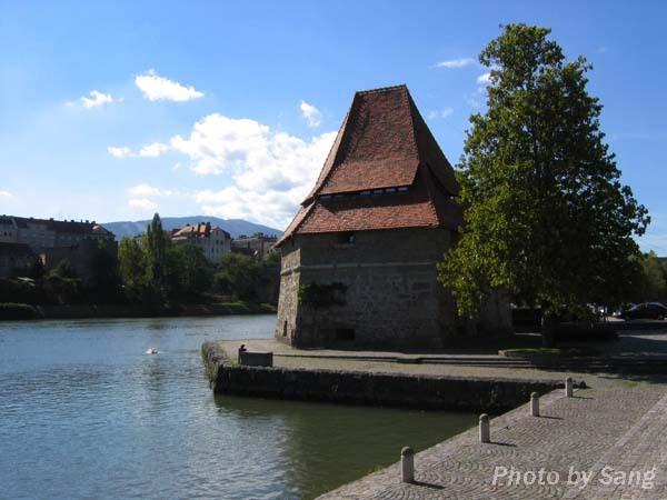 Maribor的Water Tower
