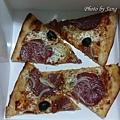 火腿撒拉米披薩