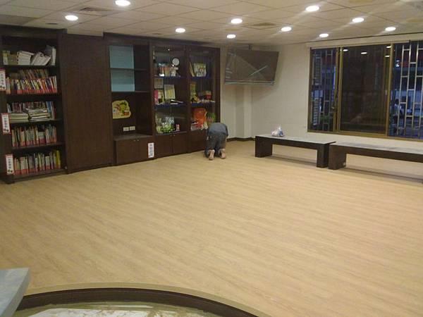 美耐板超耐磨地板 時尚自然紋系列-馬爾地夫橡木02