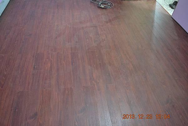 Robina超耐磨地板-昆士蘭刺瑰01