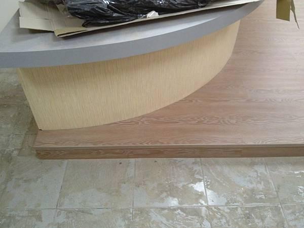 超耐磨地板時尚自然紋系列-格拉斯橡木01