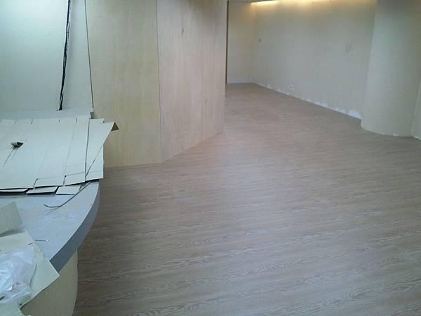 超耐磨地板時尚自然紋系列-格拉斯橡木02