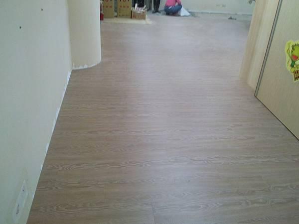 超耐磨地板時尚自然紋系列-格拉斯橡木04