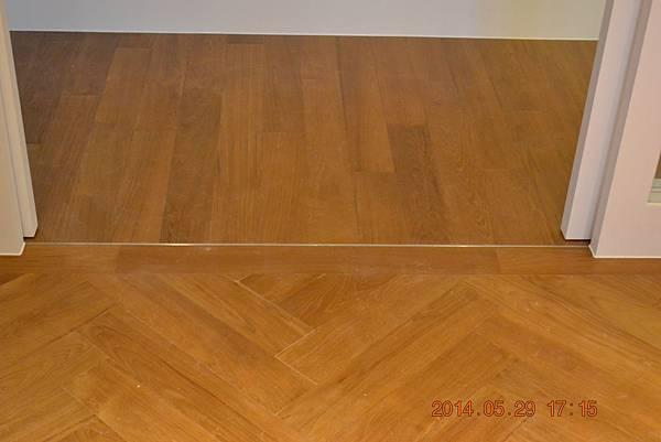 新原古-緬甸柚木實木地板4寸6分 人字拼0