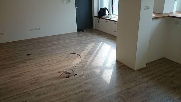 Robina超耐磨地板聖母峰橡木O116RC02