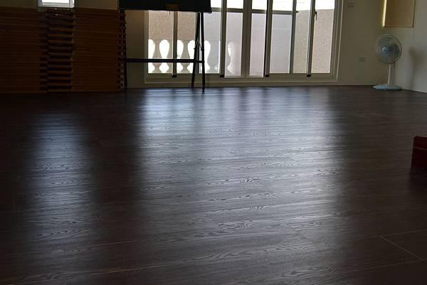超耐磨地板碳化基材 蕭瑟棕