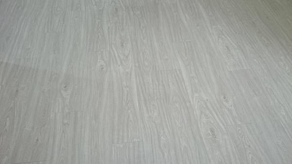 超耐磨地板 同步立體紋系列 加州01