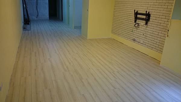 超耐磨地板 時尚oak系列 細緻白橡