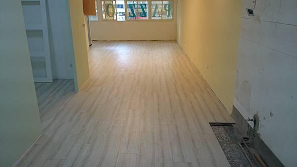 超耐磨地板 時尚oak系列 細緻白橡03