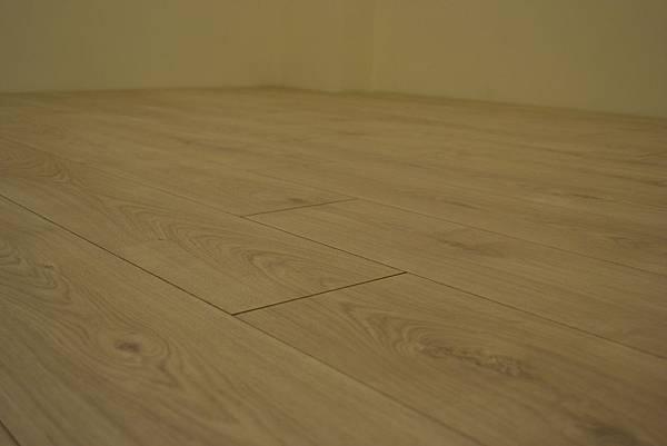 Krono 超耐磨地板 妥思卡娜橡木 (5)
