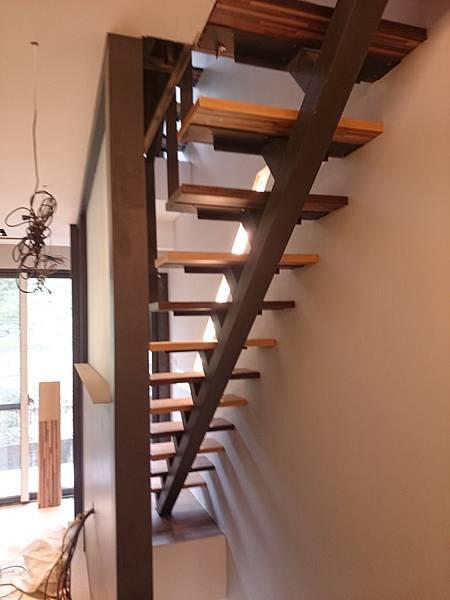 超耐磨地板 時尚系列 歐式拼木 做樓梯踏板 (7)