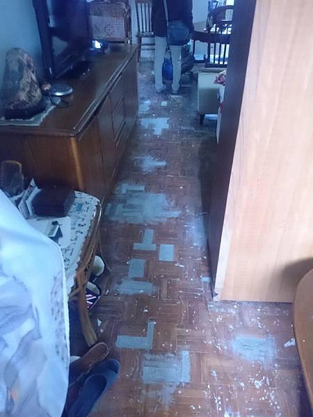 超耐磨地板施作前