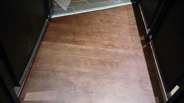 水曲橡樓梯踏板 藝術拼板