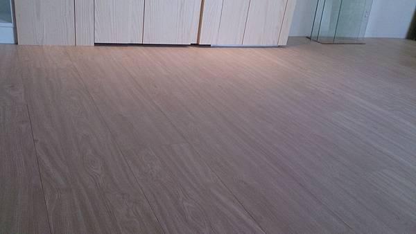 超耐磨地板 碳化基材 天然紋系列波希米亞 (3)
