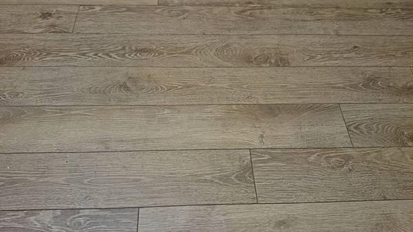 Robina羅賓超耐磨地板 聖母峰 (4)