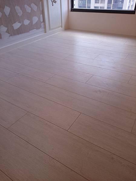 Formica富美家 超耐磨地板 雪花橡木
