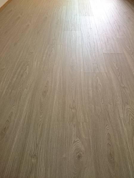 超耐磨地板 同步立體紋系列 安地斯 (4)