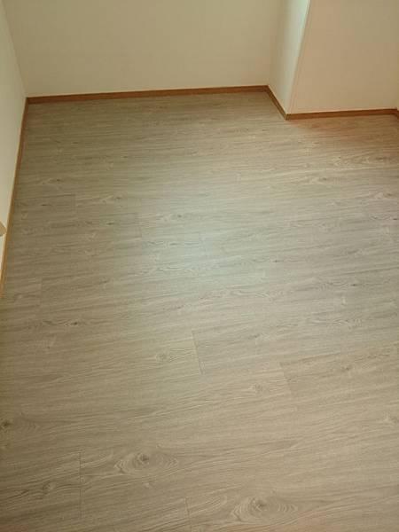 超耐磨地板 同步立體紋系列 安地斯 (3)