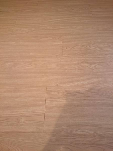 超耐磨地板 碳化基材 同步立體紋 波希米亞 (7)