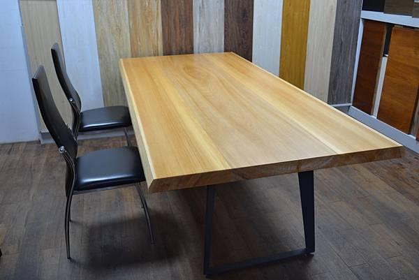香柏木桌板,(灰)黑鐵腳架 (5).JPG