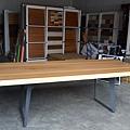 香柏木桌板,(灰)黑鐵腳架.JPG
