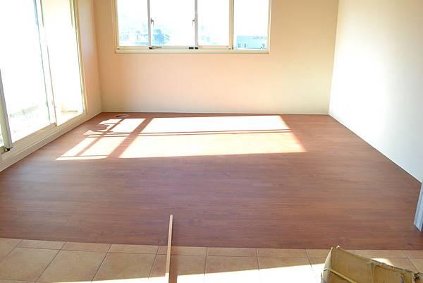 6.4寸 超耐磨地板時尚自然紋系列 黃花梨 (2).JPG