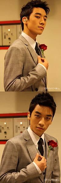 20090104 Seung Ri in SBS inkigayo 03