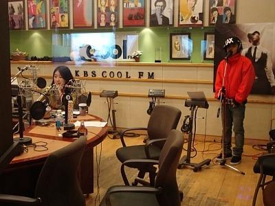 20091118 Tae Yang - KBS Cool FM Radio 03.jpg