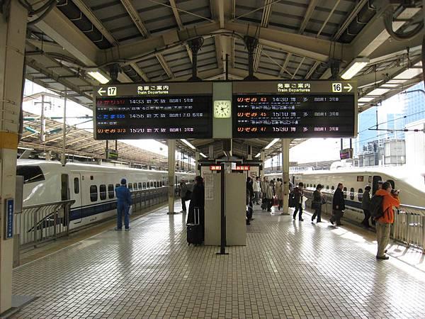 東海道新幹線04-1.JPG