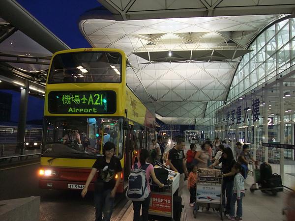 赤蠟角機場3F巴士出境大廳 A21機場巴士