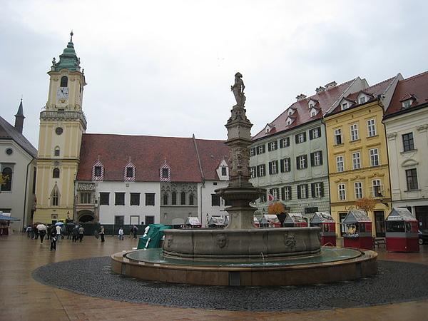 市政廳前廣場