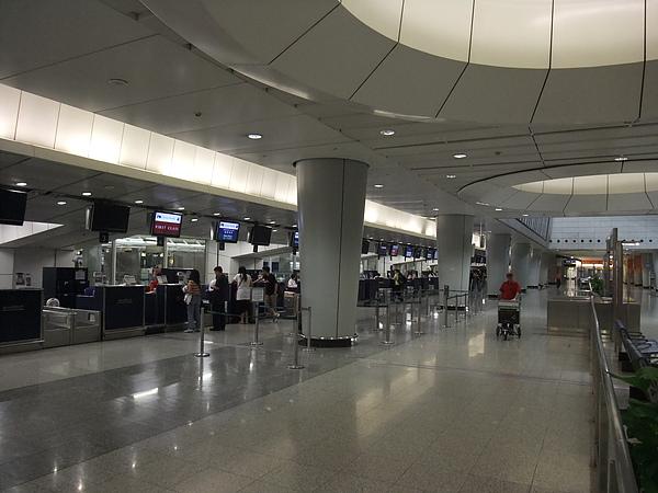 機場快線九龍站預辦登機櫃臺