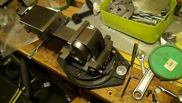 DIY CNC銑床-1-0.JPG