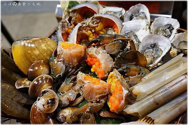 1445337014 2934695163 n - (熱血採訪)黃昏市場內驚見海底珍味活跳跳上桌。真實呈現大海的鮮/甜/美。另類居酒屋燒烤/日式料理/鍋物/酒類,美味料理任你選