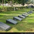 草坪型家族墓土葬區.jpg