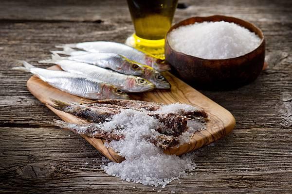 一把鹽剩菜配圖