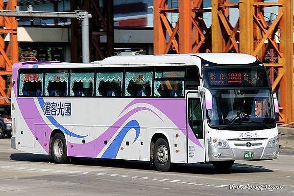 國光客運 1828 887-FW
