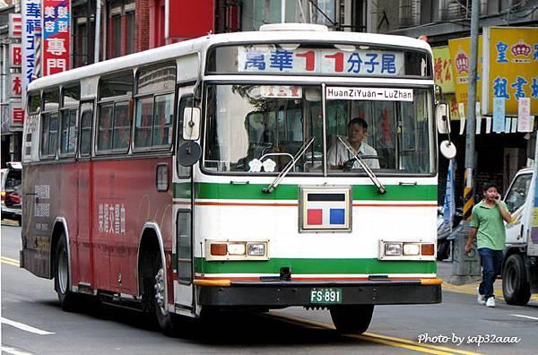 台北客運 11 FS-891