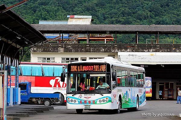 高雄客運 8037 122-FV