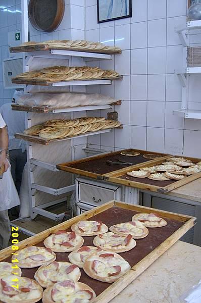 沙漠裡的早餐店(起司火腿大餅)