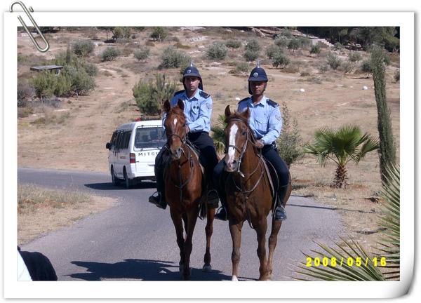 騎馬的警察