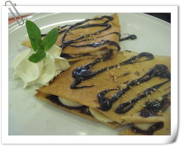 法式Crepe(內餡:香蕉+巧克力)