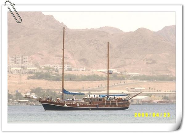 阿拉伯風格的木造船