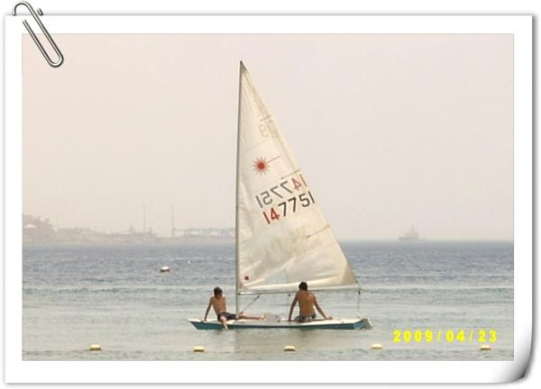 小帆船(近拍)