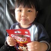 20110525新竹家~妹妹&pekq不二家牛奶糖合照- (7).jpg