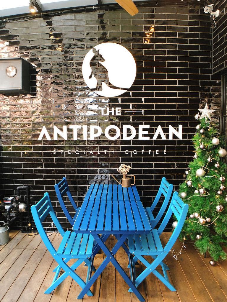 The Antipodean_03