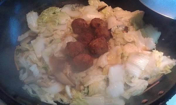 獅子頭燒白菜-5.jpg