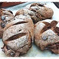 巧克力莓果歐式麵包 http://icook.tw/recipes/65351